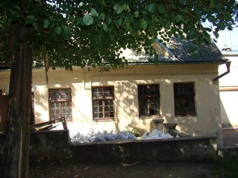 Будинок Українська ремонт1