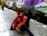 Через неприбрані від снігу тротуари та ожеледицю чернівчанка потрапила до лікарні