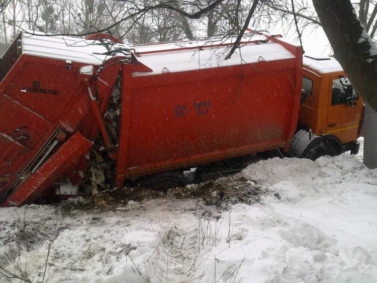 сміттєвоз_сніг