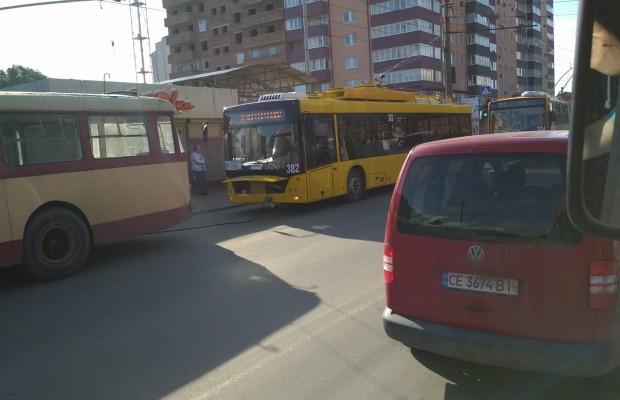 тролейбус11