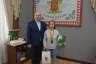 Василь Продан нагородив юну чемпіонку з пауерліфтингу
